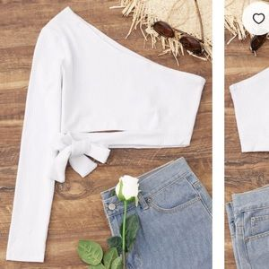 Tied One Shoulder, One Sleeve Crop Top - White S
